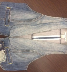 Жилетка джинсовая