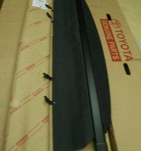 Шторка Багажника RAV4 (чёрная) новая.