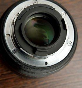 Объектив Nikon AF-S 35 mm f1,8