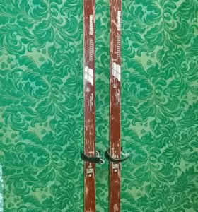 Лыжи 160 см с крепл.