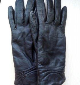 Перчатки натурал.кожа размер S-ка