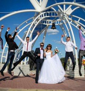 Фотограф свадебный.