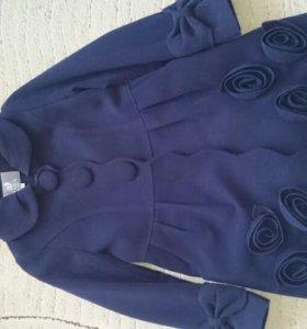 Пальто демисезонное для девочки флис