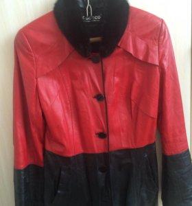 Плащ- куртка  кожаный с норковым воротничком