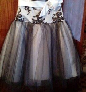 Вечернее платье на выпускной бал