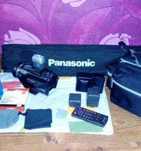 Видеокамера цифровая Panasonic HDC-HC700EEK