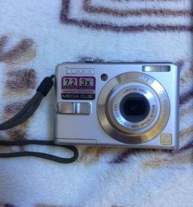 Цифровая фотокамера panasonic