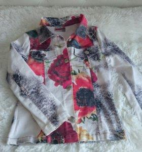 Курточка на девочку, р. 128,джинс - стрейч.