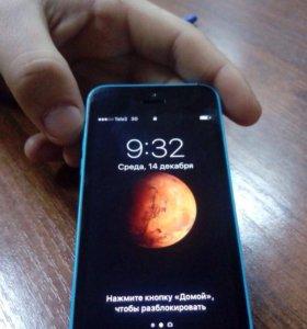 iPhone 5 c. Синий цвет.