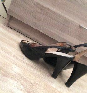 Босоножки туфли с открытой пяткой