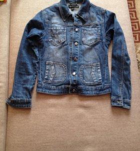 Джинсовая куртка 42-44