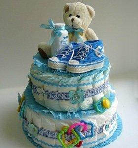 Торт из памперсов и игрушек