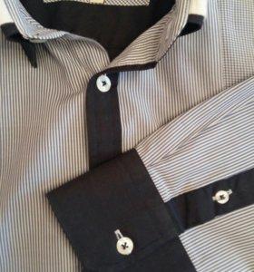 Молодёжная приталенная мужская рубашка S(44-46).