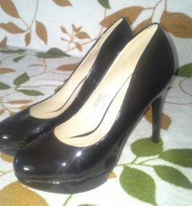 Новые туфли 37 р-р.