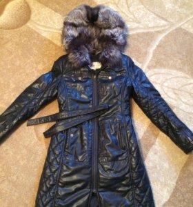 Женское кожаное пальто