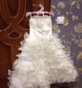 Новое шикарное платье на девочку!