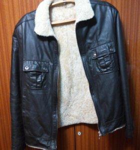 Куртка, кожа, мех. Размер М.