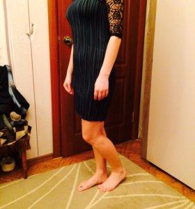 Новое платье  вечернее чёрно-зеленое