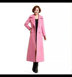 Продам пальто S нежно розовое