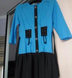 Продам 4 платья