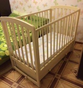 Кроватка детская с маятником Гандылян