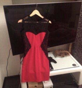 Платье красивое 44-46