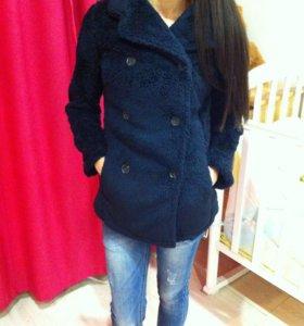 Новое пальто шубка 42 размера