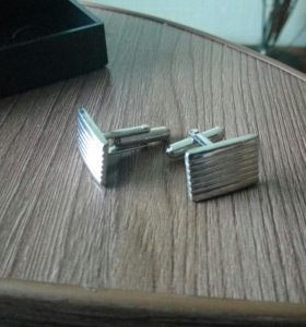 Запонки и прищепка для галстука