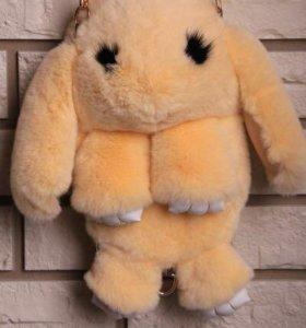Меховая сумка в виде кролика (зайчика)