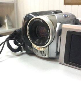 Видеокамера JVC Everio GZ-MG21
