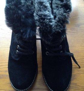 Ботинки  зимние , меховые. Новые.