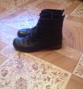 Осение ботинки р 38
