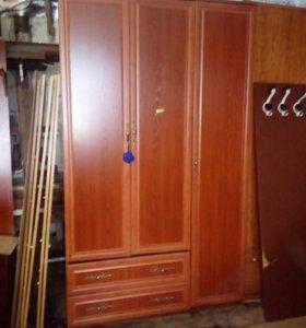 Шкаф для одежды с бесплатной дрставкой