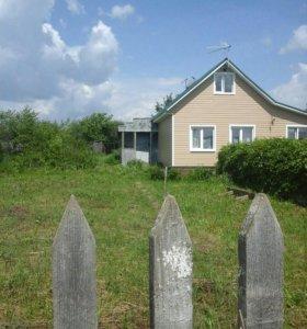Земельный участок с половиной дома