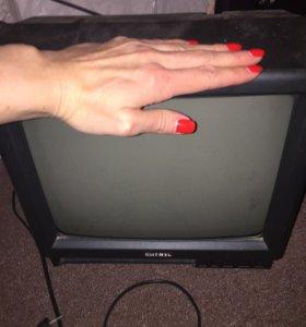 """Продаю телевизор """"Витязь"""""""