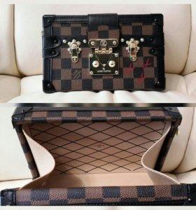 Женская сумка сундучок Louis Vuitton