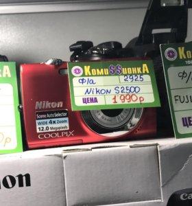 Nikon s250