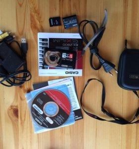 Фотокамера компактная Casio