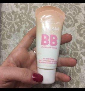Тональный крем B.B