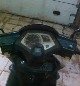 Продам запчасти к скутеру 50 кубов