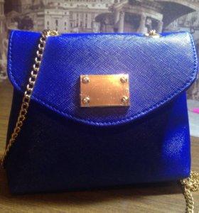 "Женская сумка  ""Эмилия"" Avon"