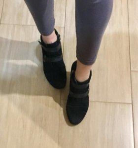 Замшевые ботинки демисезонные