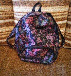 Рюкзак и сумка спортивная