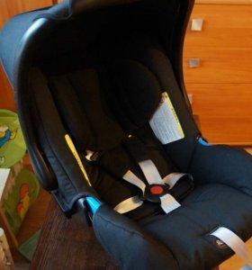 Автокресло Britax Romer baby safe plus II