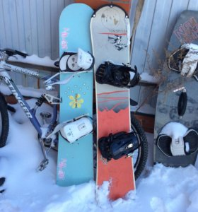 Продам сноуборды.