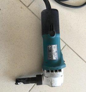 Высечные ножницы JN1601