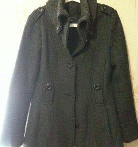 Шерстяное пальто AMISU