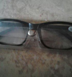 Новые очки в чехле