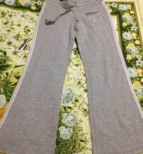 Хлопковые штаны серого цвета новые