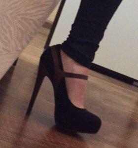 Туфли новые, замша, фирменные